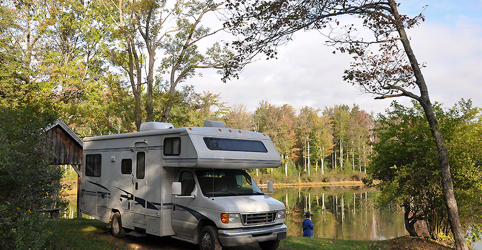 What are the Benefits of hiring a Travel Trailer?